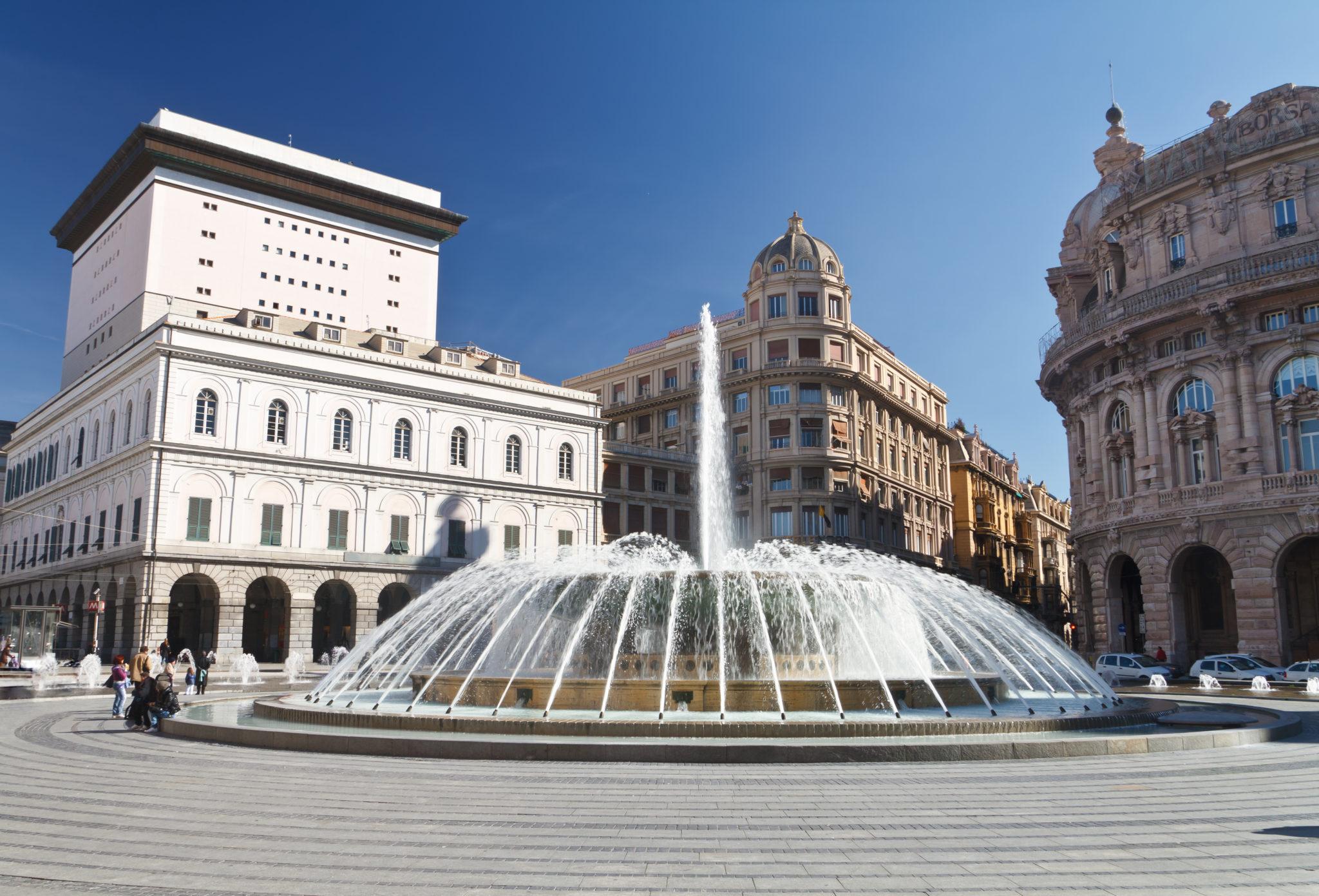 Top 10 Delle Città Italiane Dove Festeggiare Capodanno Il #2C4C7F 4932 3351 Dividere Sala Da Pranzo E Salotto
